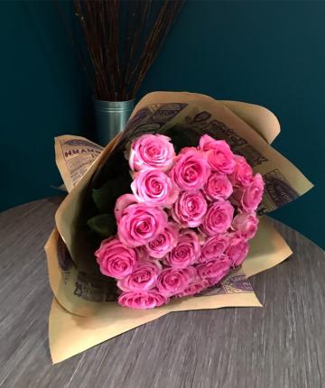 Букет из 21 розовой эквадорской розы