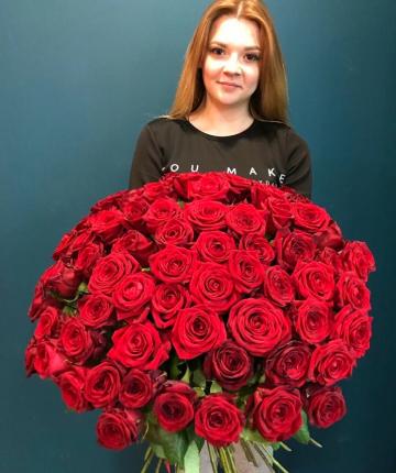 Букет из 51 красной российской розы