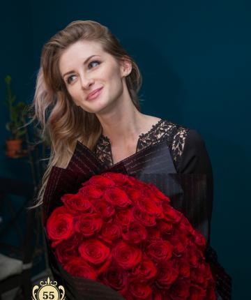 Букет из 51 красной голландской розы