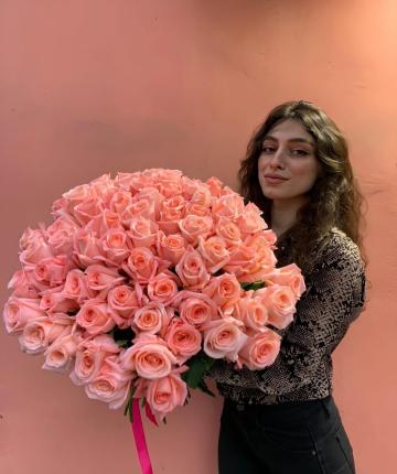 Нежно розовые эквадорские розы - 51 шт.
