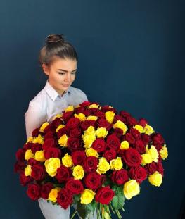 Букет из 101 российской розы