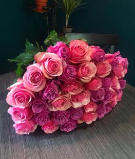 Букет из 35 розовых эквадорских роз