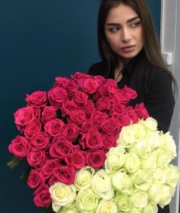 Букет из 51 белых и розовых эквадорских роз