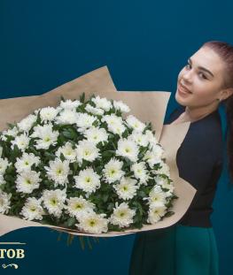 Букет из белых одноголовых хризантем